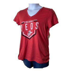 V-Neck Cincinnati Reds T-Shirt, Large